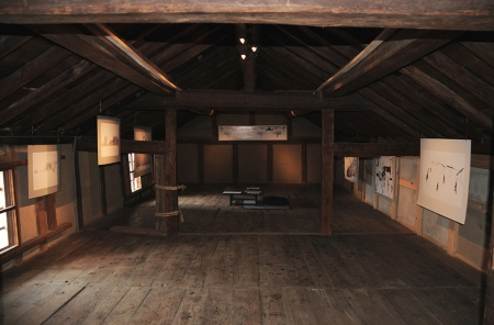 Exhibition space in rice Kura with Link exhibition installed, photo and permission Su Grierson