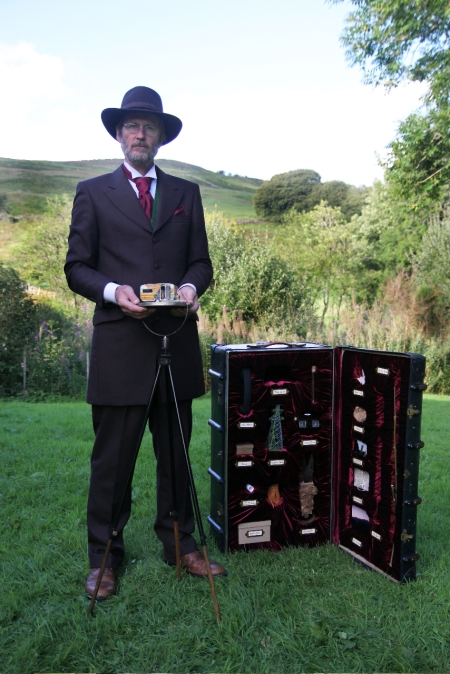 The Archivist, Performer David Giblin, Photo Kim Ayres